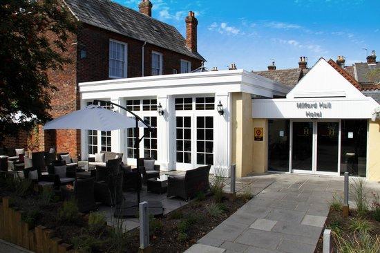 Milford Hall Hotel: Hotel Entrance