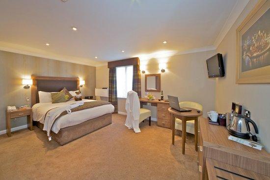 Milford Hall Hotel: Executive Bedroom