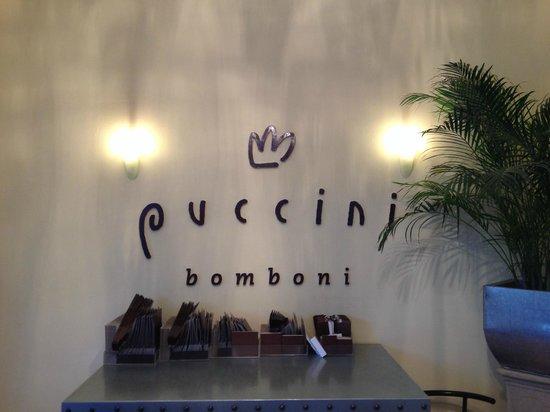 Puccini Bomboni : The store logo