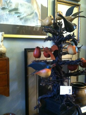 Nest, Antiques Art and Gifts: Birds and more.