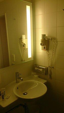 Hotel Mercure München Altstadt: Salle de bain, lavabo