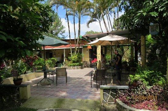 Cabanas Potosi : Main House Terrace