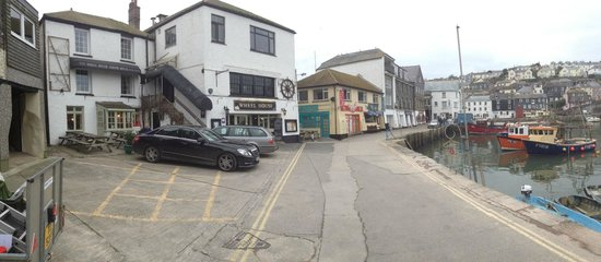The Wheelhouse : B&B situated right on the harbour side