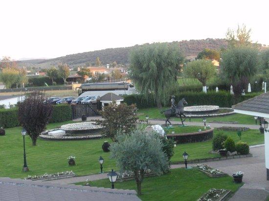 Hotel Conde Rodrigo II: vue du parc