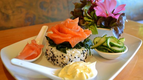 Riverside Cafe: Summer's here - vodka cured salmon with deconstructed sushi