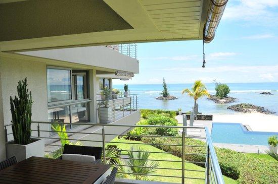 Bon Azur Beachfront Suites & Penthouses by LOV : Vue depuis une des 3 terrasses