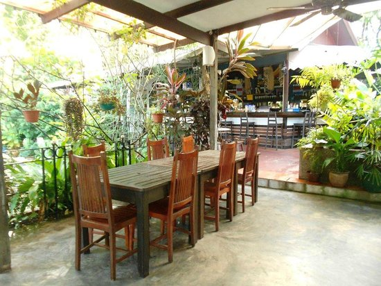 Basaga Holiday Residences : dining area