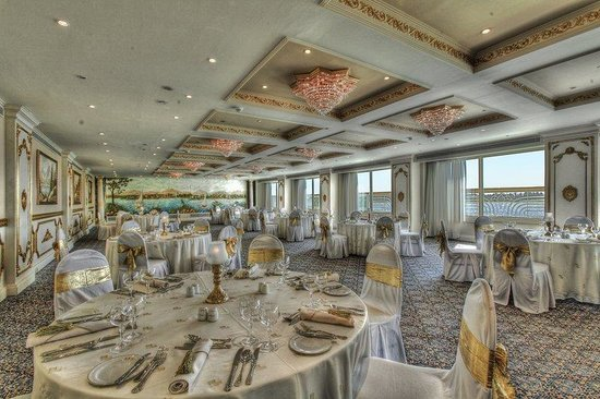 Sonesta St. George Hotel Luxor : Taharka Banquet Setup