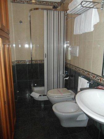 Hotel Miami : il bagno