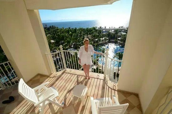 Hotel Riu Vallarta: Balcony on Master Suite