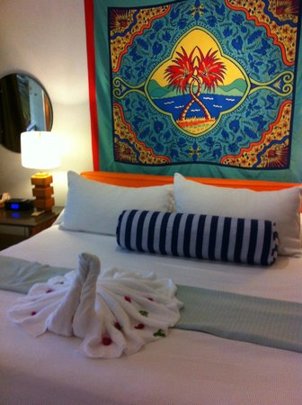 Couples Negril : Bright and cheerful rooms