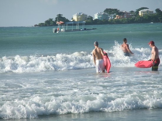 Couples Negril : Great boogie boarding waves