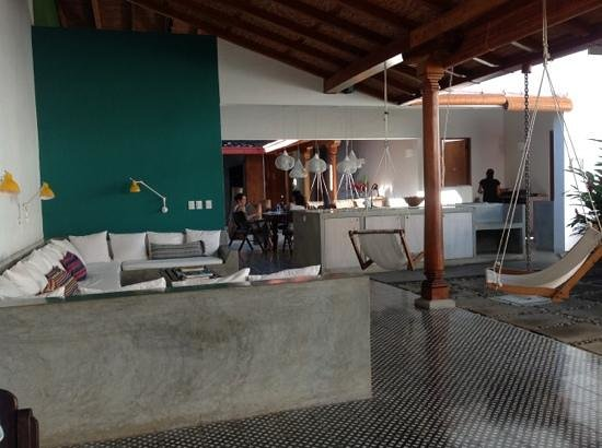 Los Patios Hotel: Common area