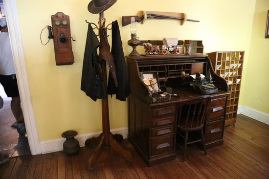Old Jail: Sheriff C.Joseph Perry's Desk