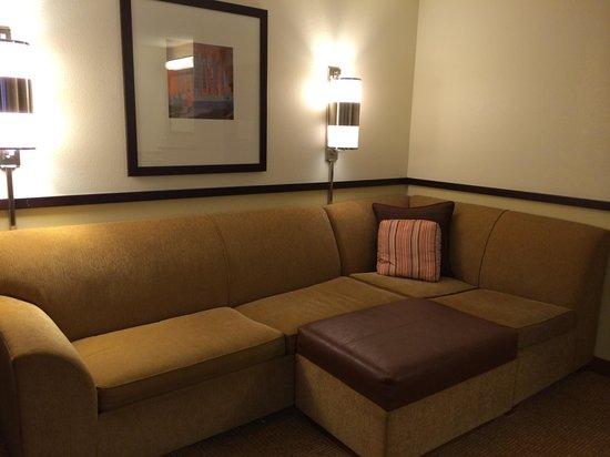 Hyatt Place Miami Airport-West/Doral: sala confortável
