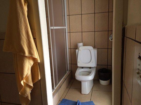 Fantasy Island Beach Resort : Toilet