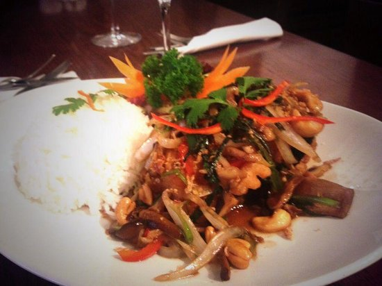 Red Torch Ginger: Sea bass fillets with chillies and thai herbs- delicious!!
