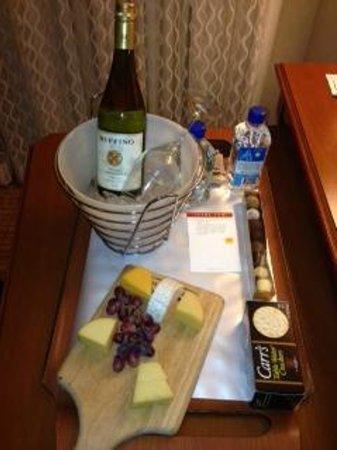 Tampa Marriott Waterside Hotel & Marina: Welcome Basket