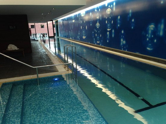 SKYCITY Grand Hotel : 25m indoor pool, well done