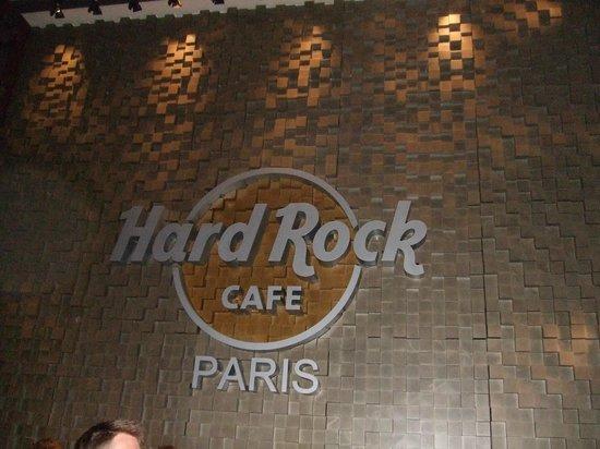 Renaissance Paris Arc de Triomphe Hotel: Hard Rock Cafe, Paris