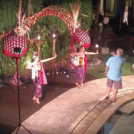 The Camakila Legian Bali: Ramada Bali theme night