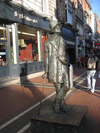 James Joyce Statue: Contemplating November sunshine?