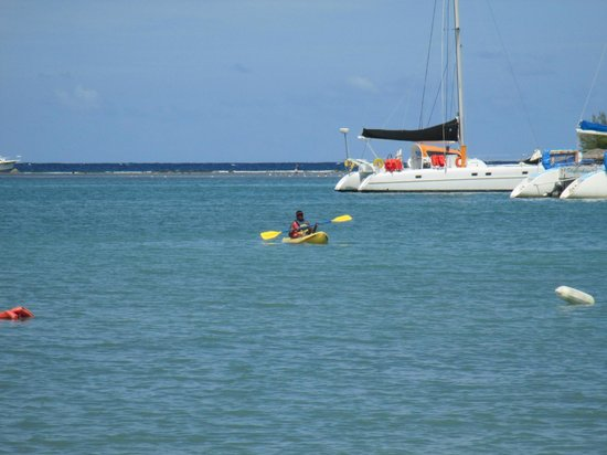 Hotel Riu Montego Bay: canoeing on the beach