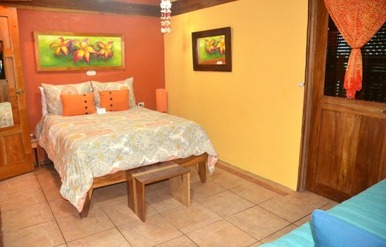 Physis Caribbean Bed & Breakfast: room#3