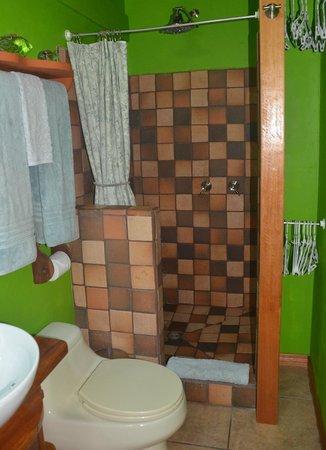 Physis Caribbean Bed & Breakfast: bathroom#1