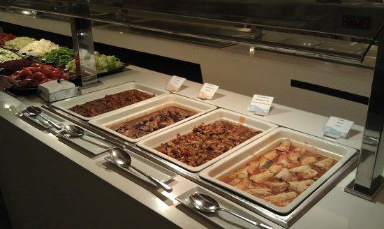 Hipotels Gran Conil : Ужин