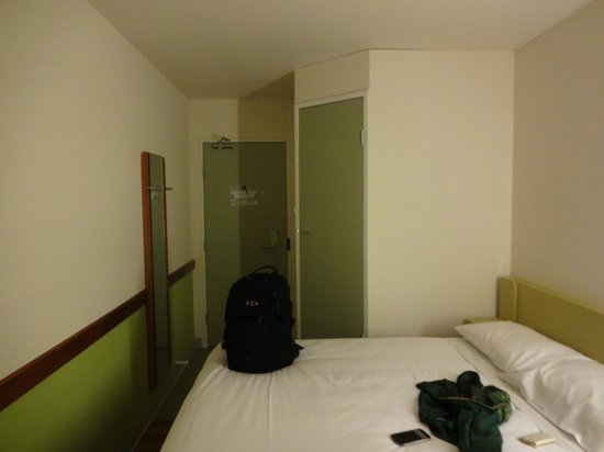 Ibis Budget Melbourne Airport: Room1