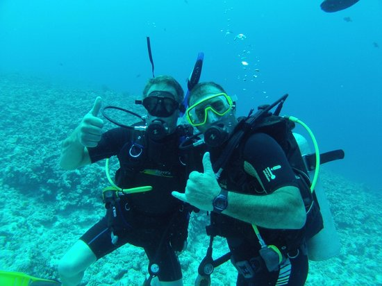 Eleuthera Bora Diving Center: Peter and Yvan