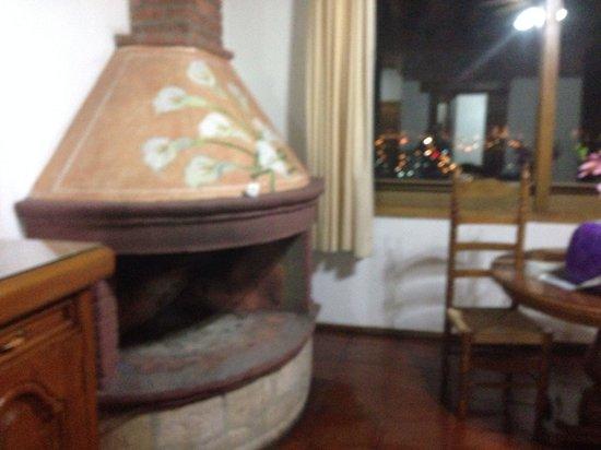Villa San Jose Hotel & Suites: Chimenea de junior suite 29
