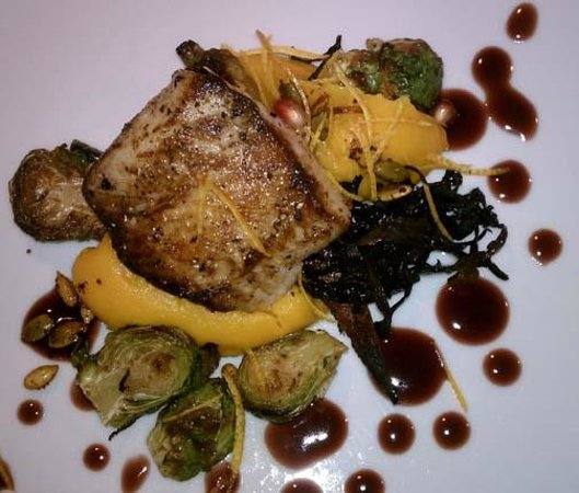 Altura Restaurant: Black cod with squash and roasted brussel sprouts