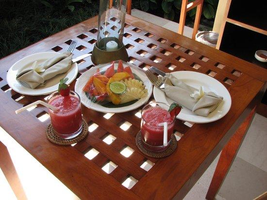 Uma Sapna : Breakfast