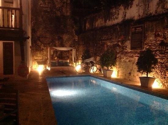 El Marques Hotel Boutique: Pool at El Marques