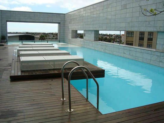 Cape Town Marriott Hotel Crystal Towers: Piscina