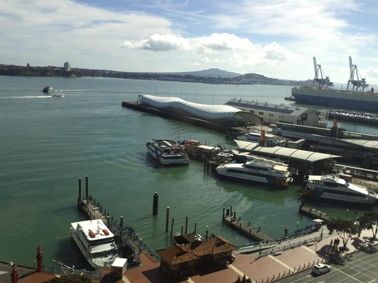 Copthorne Hotel Auckland HarbourCity: View from the room