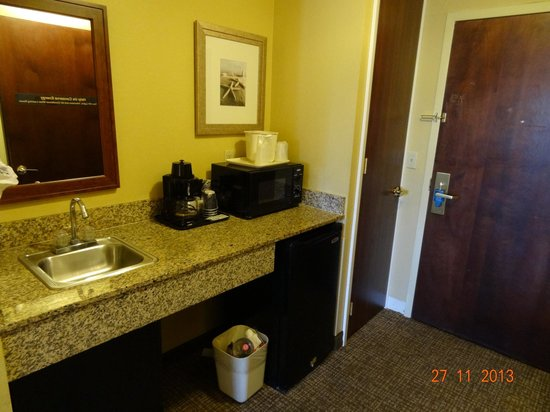 Comfort Suites Sawgrass : Cozinha