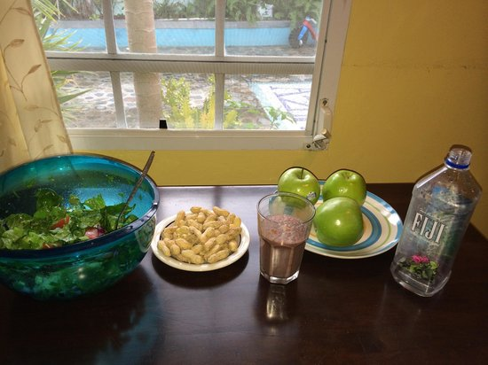 The Azure Hotel: Kitchen: 5 min from The Azure, there is supermarket. I prepared myself salad, smoothie and peanu
