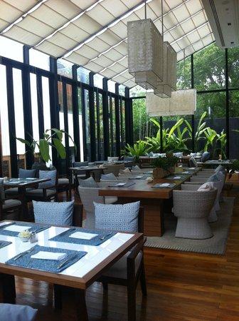 Cape Nidhra Hotel: Rock restaurant ( breakfast, dinner)
