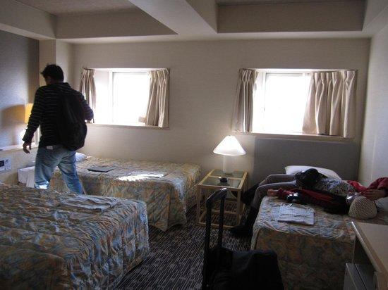 Shinjuku Washington Hotel Main: triple bedroom on the 22nd floor