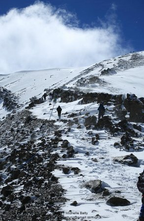 Adrift Guided Outdoor Adventures: Tongariro Alpine Crossing