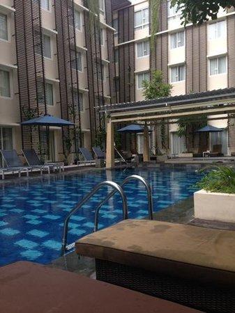 Ananta Legian Hotel : View from pool deck
