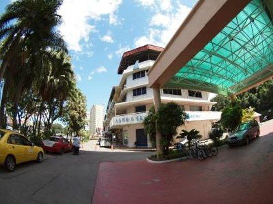 Hotel Shangri-La Kota Kinabalu: 玄関