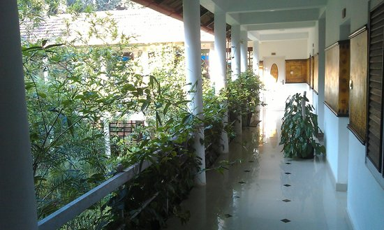 Kshetra Beach Resorts: Отель с внутренним зеленым двориком!