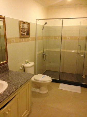 Lan Rung Resort & Spa: Bathroom