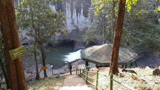 Dandeli, Indien: Top view photo of syntheri rock