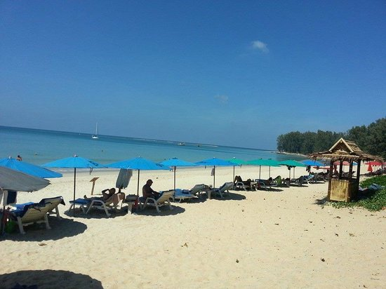 Dewa Phuket Resort Nai Yang Beach : Bring loads of sunblock