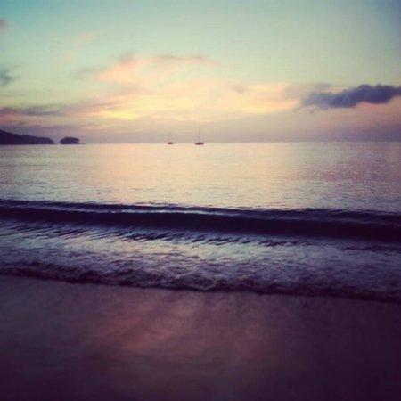 Dewa Phuket Resort Nai Yang Beach: Sunset